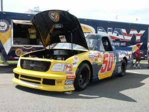 what comprises a nascar put crew aamco colorado. Black Bedroom Furniture Sets. Home Design Ideas