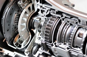 image of cross-section of a car gearbox and clutch.