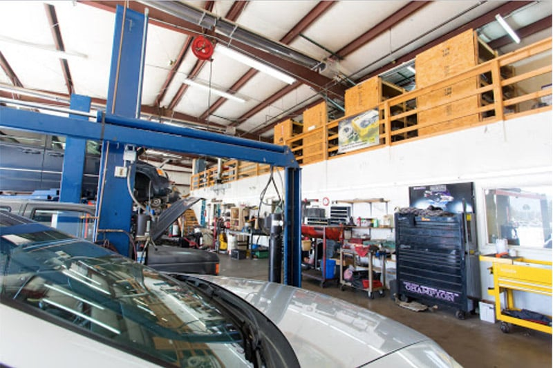 image of interior repair bay AAMCO Colorado